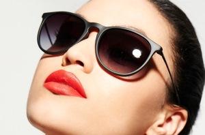 مدل عینک آفتابی که همیشه مد روز هستند