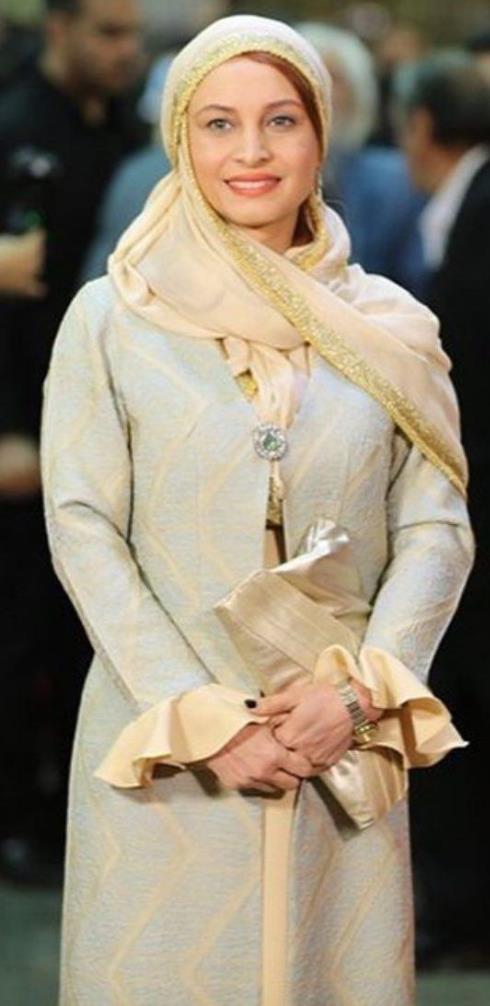 مدل مانتو مریم کاویانی در جشن حافظ 96