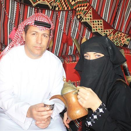 سرمربی فولاد و همسرش