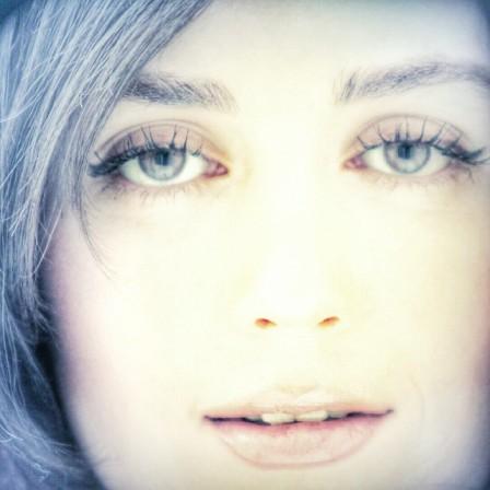 عکس متفاوت از چهره افسانه پاکرو