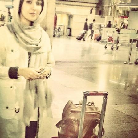 افسانه پاکرو در فرودگاه و بازگشت به کشور