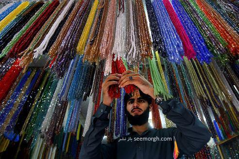 فروشنده تسبیح پاکستانی در ماه مبارک رمضان