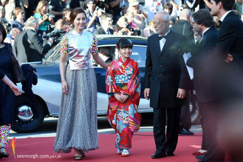 ریو سوزوکی ، آساکا ستو و ماساهیکو سوگاوا در فرش قرمز جشنواره کن 2015