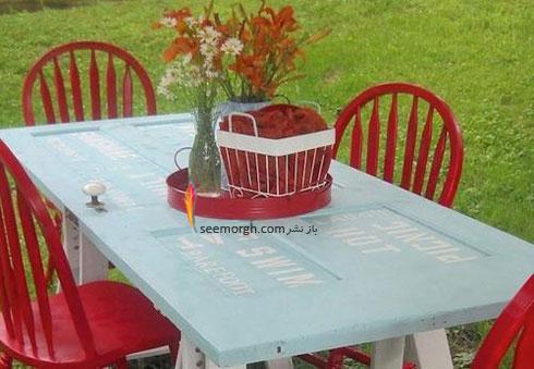 با درب قدیمی خانه تان یک میز نهارخوری زیبا درست کنید