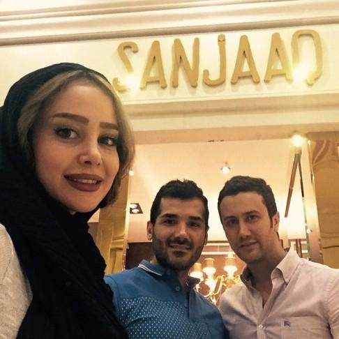 عکس الناز حبیبی و شاهرخ استخری در فروشگاه سنجاق