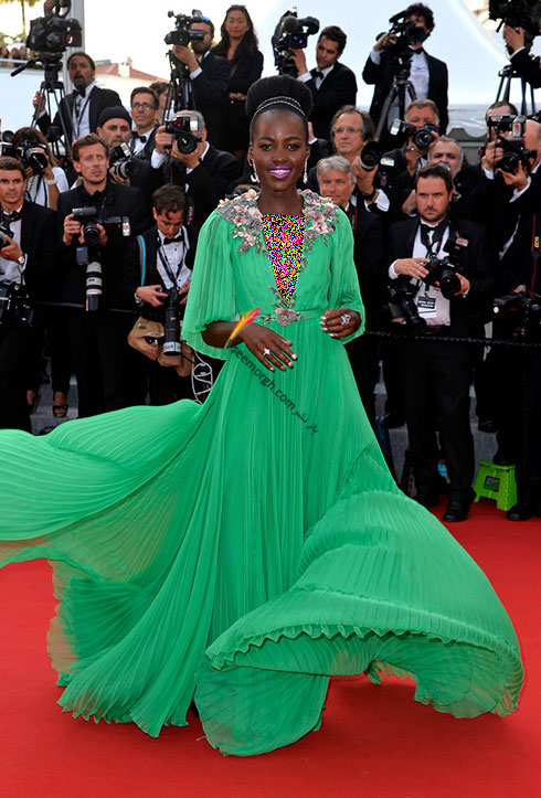 Lupita بهترین مدل لباس در جشنواره کن 2015