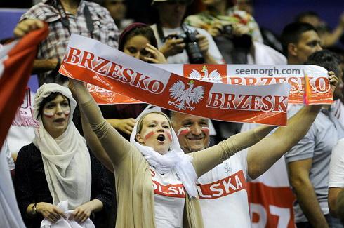 زنان لهستانی در ورزشگاه آزادی