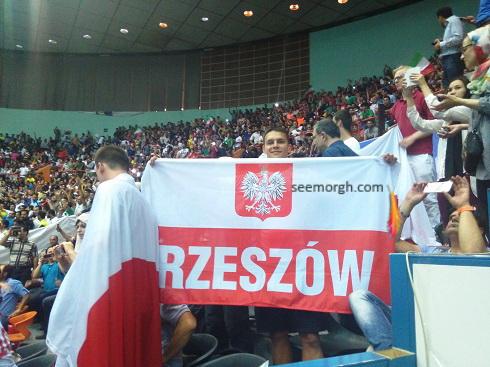 تماشاگر لهستانی در ورزشگاه آزادی