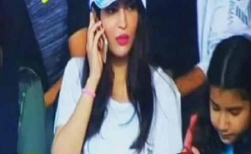 حضور تماشاگران زن سعودی در ورزشگاه