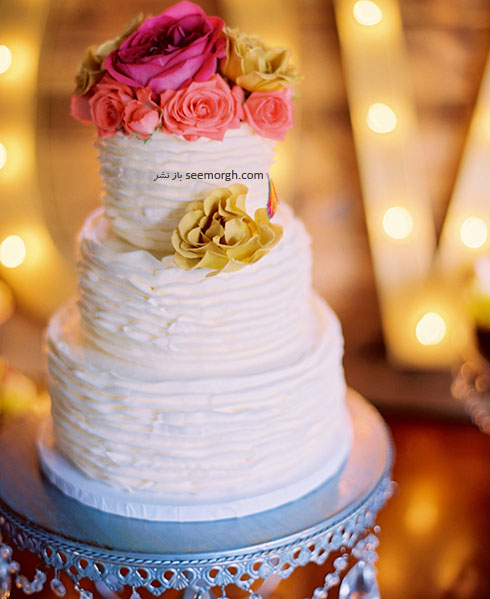 زیباترین مدل های تزیین کیک با گل های طبیعی