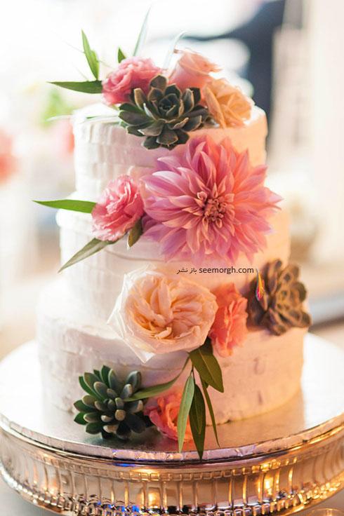 مدل های مختلف کیک با تزیین گل های طبیعی