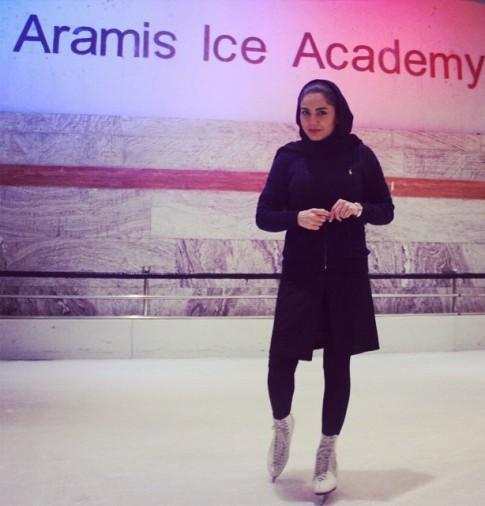 همسر آزاده زارعی عکس جدید بازیگران پاتیناژ بیوگرافی آزاده زارعی اسکی روی یخ