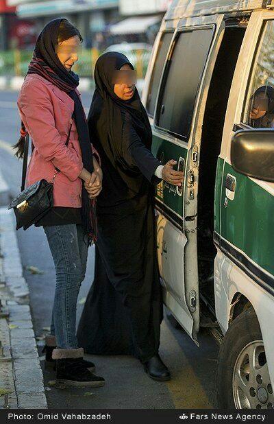 گشت ارشاد در تهران