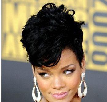 مدل موی جمع ریحانا Rihanna که هیچ زمان قدیمی نمی شود