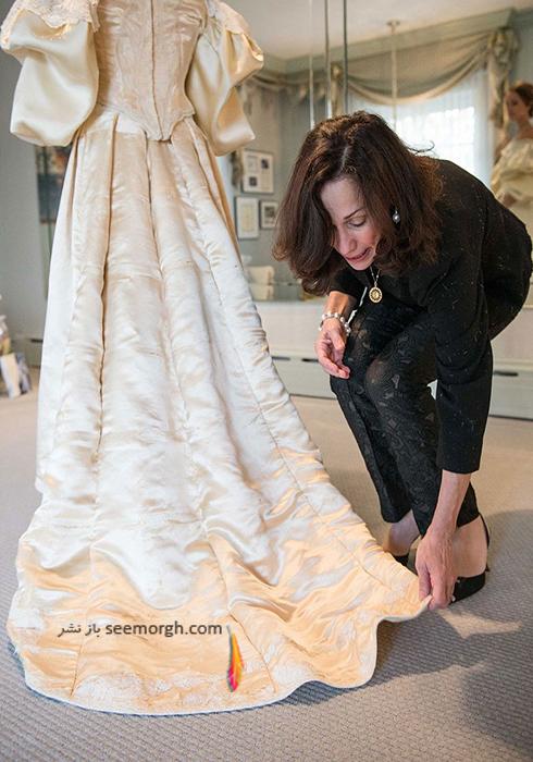 دامن لباس عروس 120 ساله