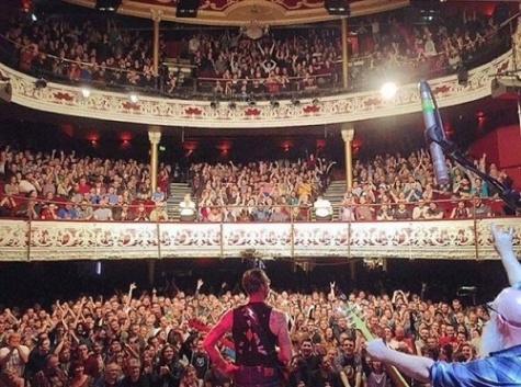 سالن کنسرت باتاکلان پیش از تیراندازی پاریس