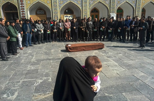تصاویر تشییع پیکر ریحانه بهشتی