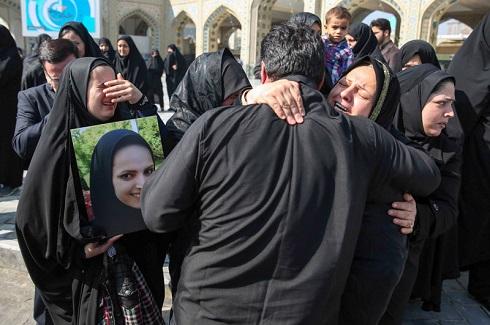 تصاویر مراسم تشییع ریحانه بهشتی