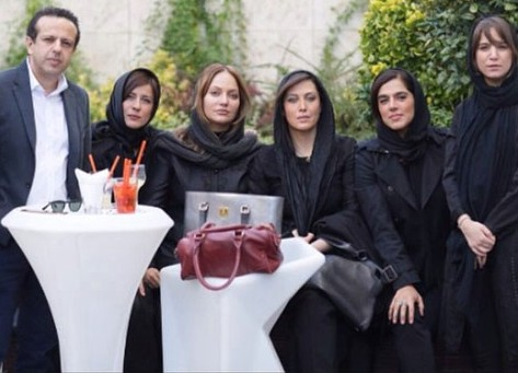 بازیگران زن در مراسم یادبود هما روستا