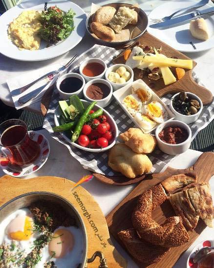 عکس جدید صدف طاهریان در هنگام صبحانه خوردن