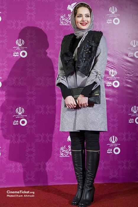 مدل لباس بهنوش طباطبایی در سی و چهارمین جشنواره فیلم فجر