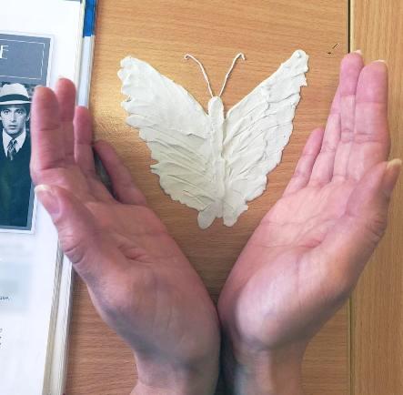 پروانه ساخته شده از همان خمیر
