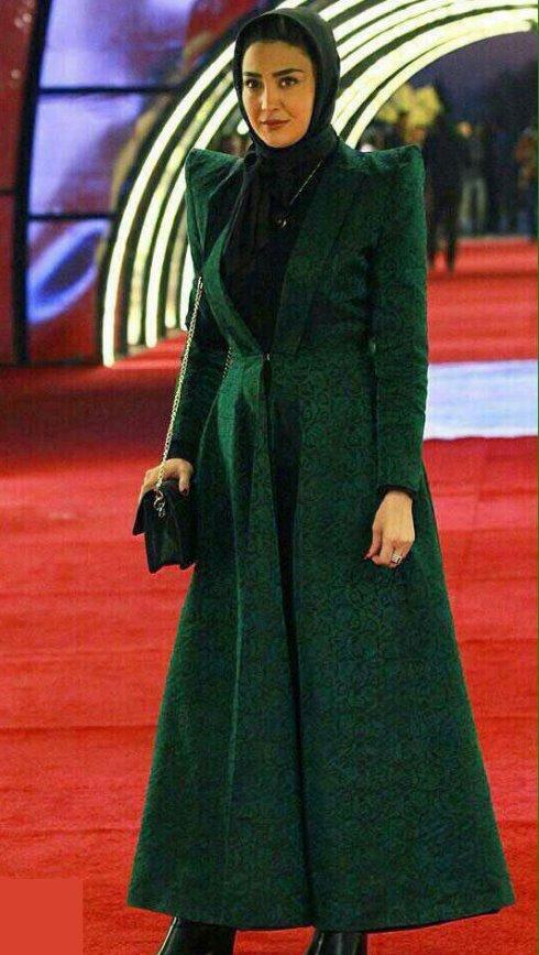 مدل لباس مریم معصومی در سی و چهارمین جشنواره فیلم فجر