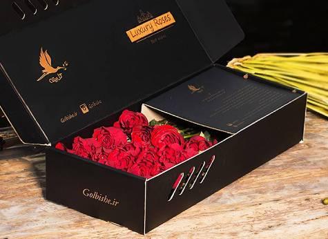 جعبه ای از گل های رز