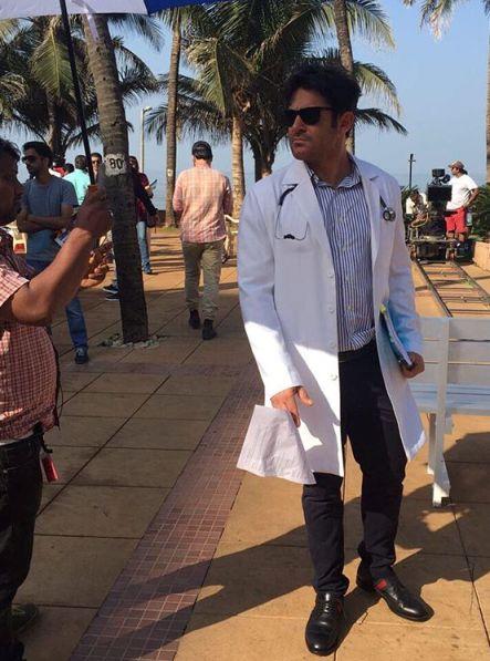 عکس محمدرضا گلزار در فیلم سلام بمبئی