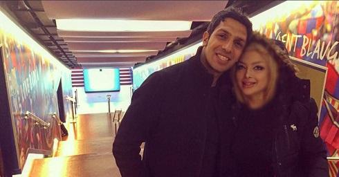 سپهر حیدری و همسرش در راهروی بارسلونا + عکس