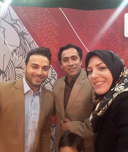 عکس مجری ورزشی تلویزیون و همسرش در کنار بابک جهانبخش