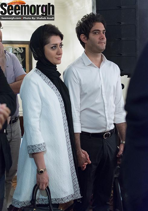 امیرعلی نبویان در کنار همسرش در شهر کتاب