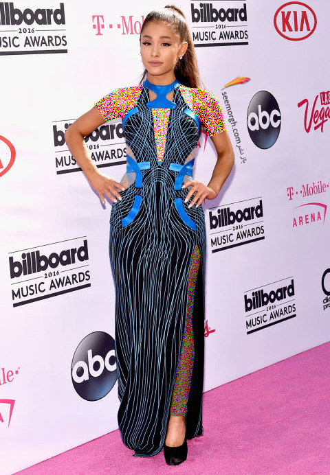 ariana grande مدل لباس ستارگان هالیوودی در مراسم جوایز بیلبورد