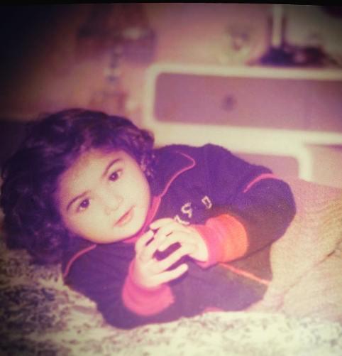 عکس کودکی آزاده صمدی