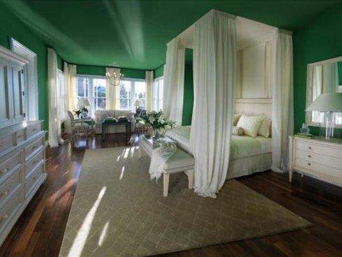 دکوراسیون اتاق خواب با رنگ سبز تیره