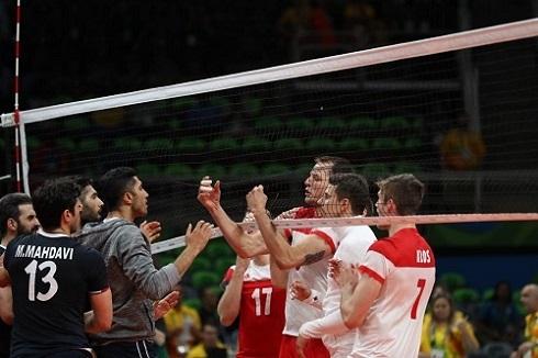 درگیری بازیکنان والیبال ایران و لهستان در المپیک 2016