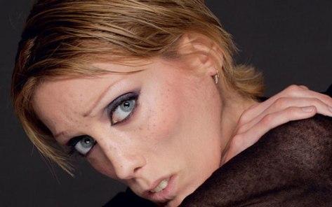 ایزابل کارو بازیگر فرانسوی که درگذشت