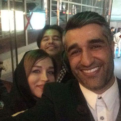 سلفی پژمان جمشیدی با خواهرش و پیمان قاسم خانی