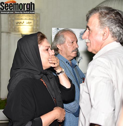 اشک ریختن مهرانه مهین ترابی به یاد عباس کیارستمی