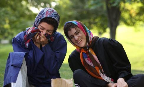 گریم ویشکا آسایش و مهناز افشار در فیلم نهنگ عنبر 2