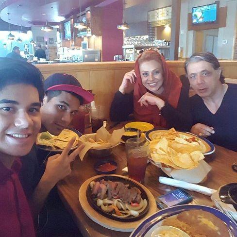 عکس نسرین مقانلو در کنار خانواده اش در تکزاس آمریکا