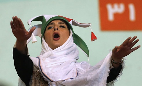 حضور زنان ایرانی در ورزشگاه آزادی