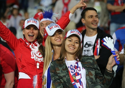 تصاویر دختران در یورو 2016