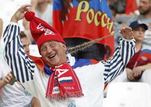 قیافه عجیب تماشاگران یورو 2016