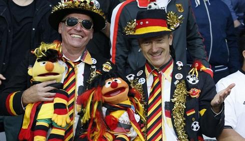 قیافه عجیب تماشاگران یورو 2016(13)