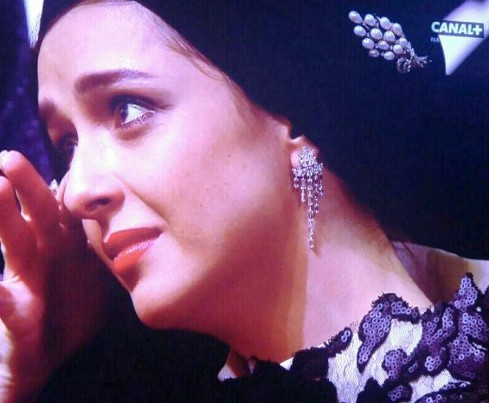 اشک ریختن ترانه علیدوستی در جشنواره کن 2016