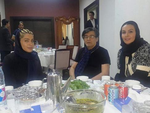 عکس جدید رضا رویگری و همسرش در کنار آزیتا ترکاشوند