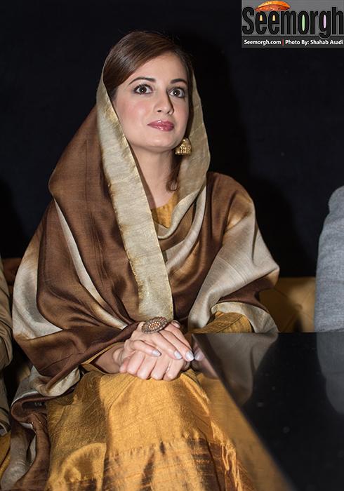 دیا میرزا بازیگر فیلم سلام بمبئی در کنفرانس خبری