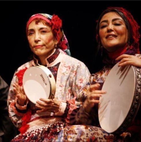 عکس شقایق فراهانی و فهیمه رحیم نیا در تئاتر مطرب