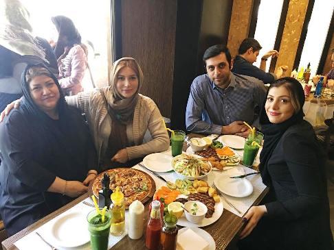 عکس خانوادگی فریبا نادری